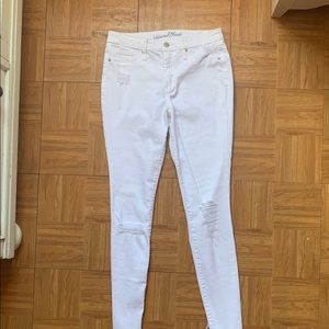 Universal Thread white jeans!